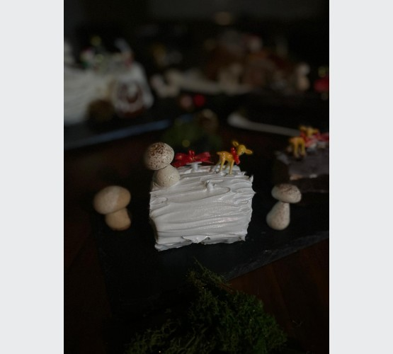Mini Durian Log Cake